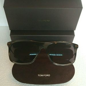 Tom Ford Sunglass Style TF 588